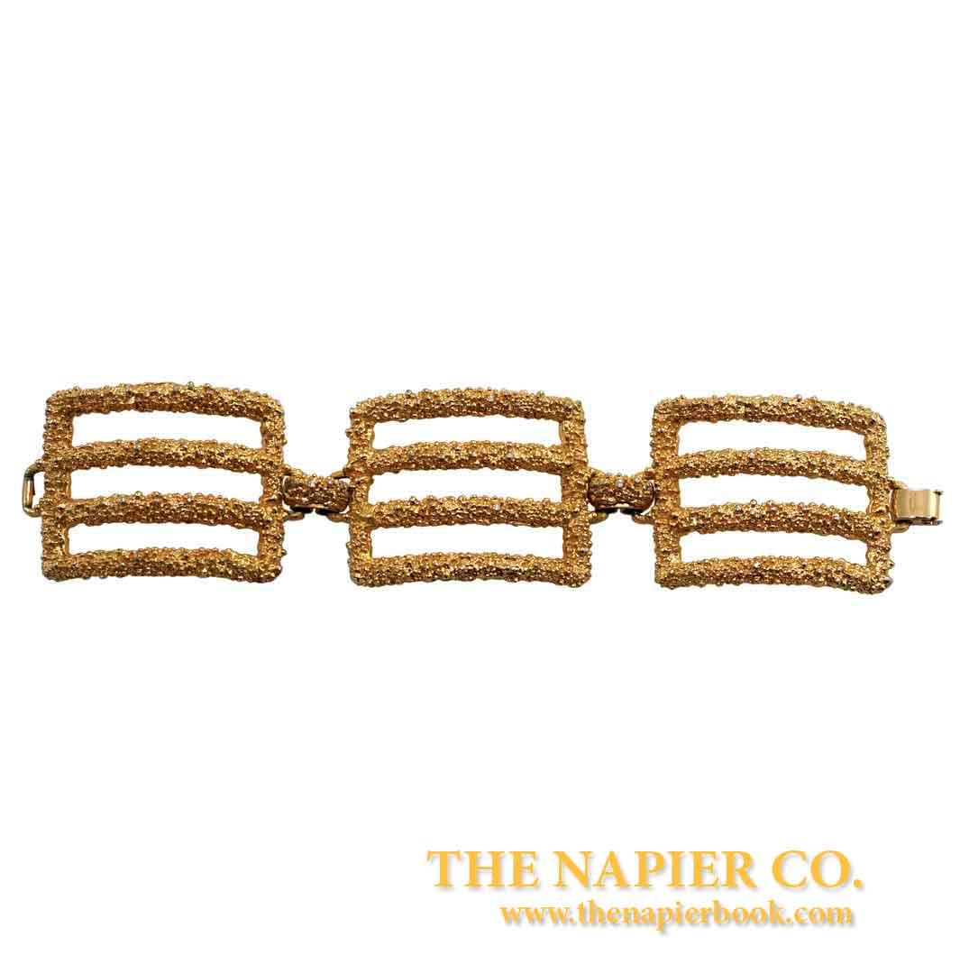 Vintage 1970s Napier Gold Tone Textured Link Bracelet