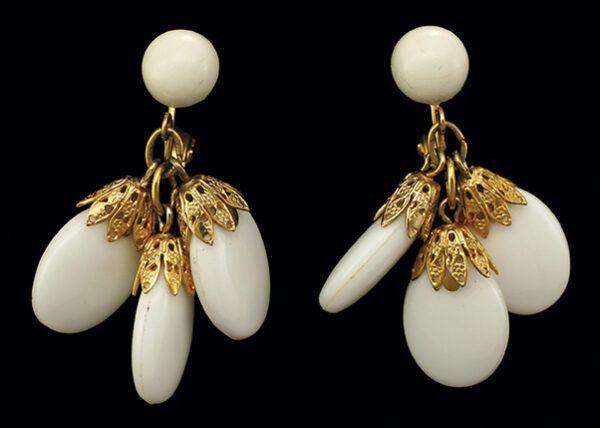 Napier White Resin Drop Earrings 1970s