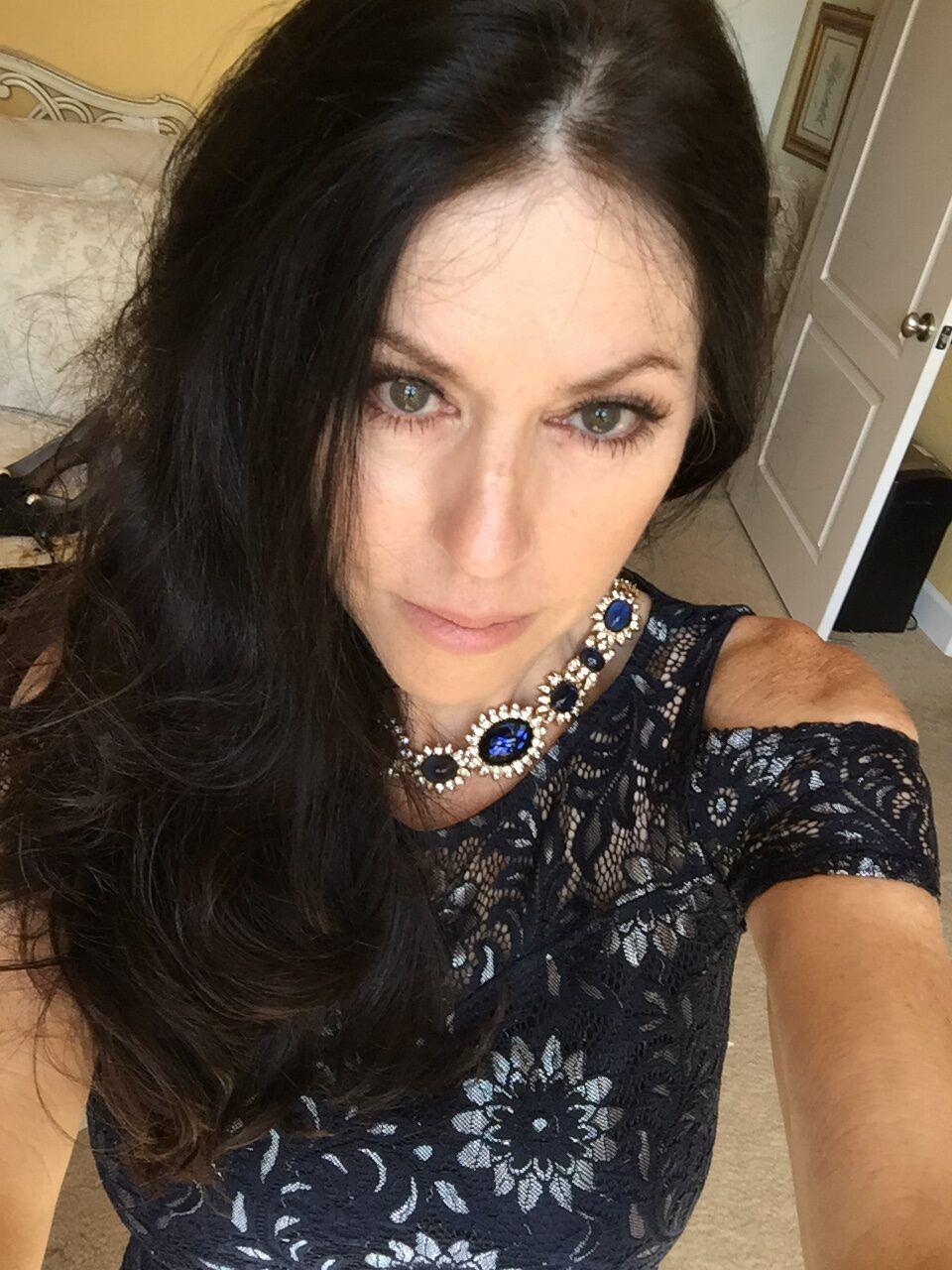 Jewelry Stylist Melinda Lewis